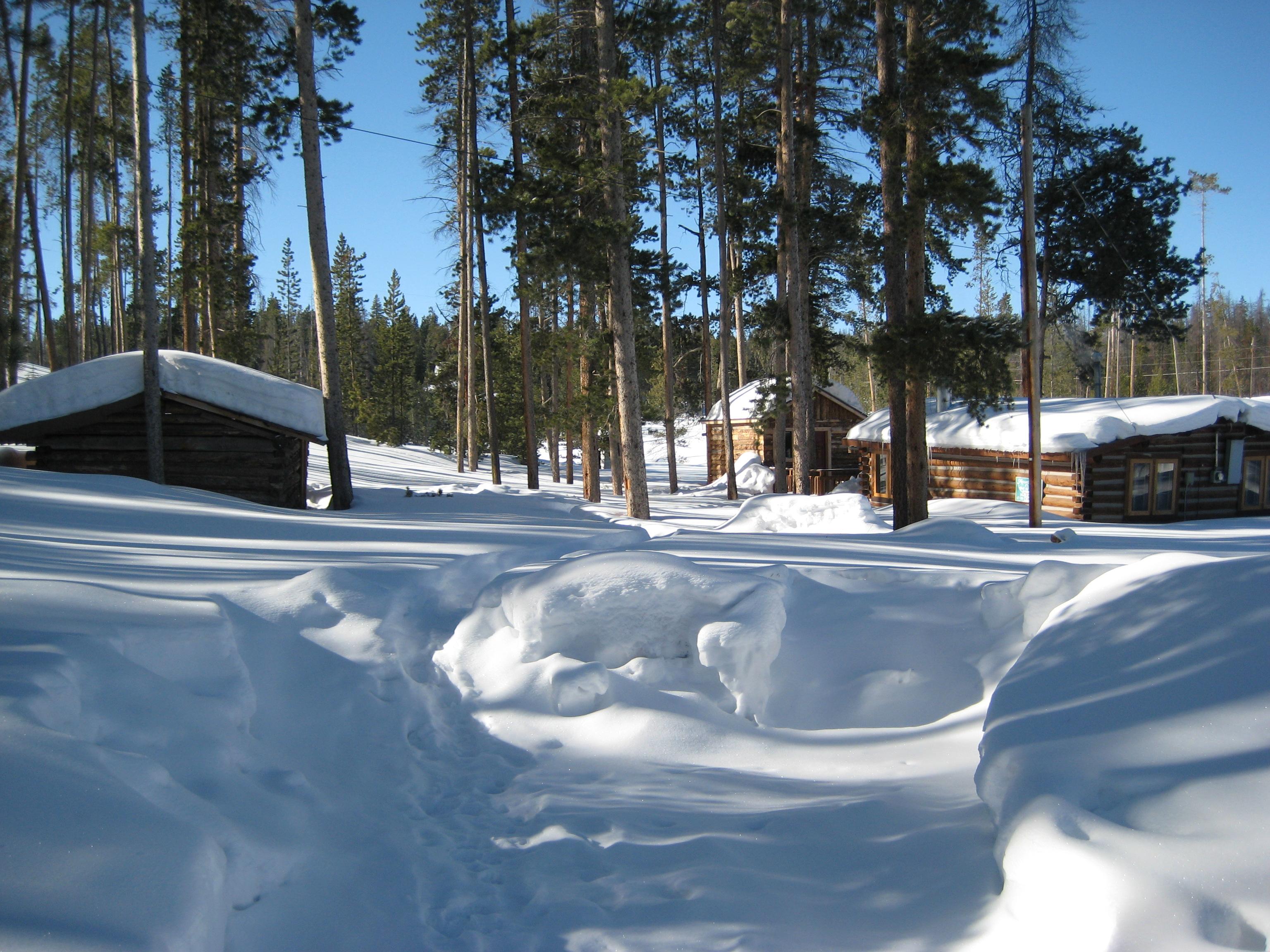 snow-cabin.jpg